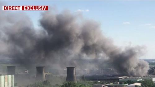 Incendiu URIAȘ în Capitală: Pompierii intervin cu 24 autospeciale. Mesaj Ro-Alert pentru populație