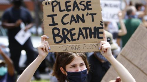 Protestele față de uciderea lui Floyd aprind SUA