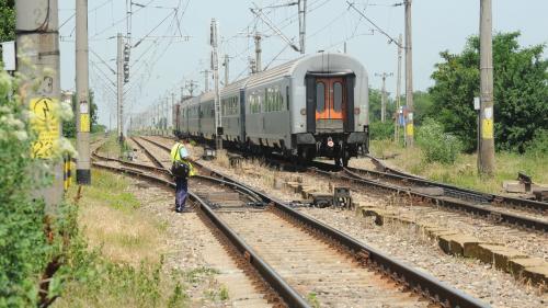 Vreți trenuri? CFR are nevoie de o sumă colosală să întreacă trotineta