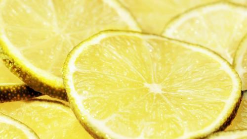 10 tratamente naturiste pentru frumusețe, cu zeamă de lămâie