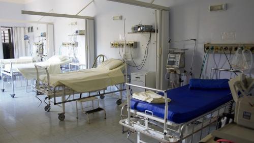 Pacienții infectați cu noul coronavirus prezintă un risc mai ridicat de mortalitate după o intervenție chirurgicală