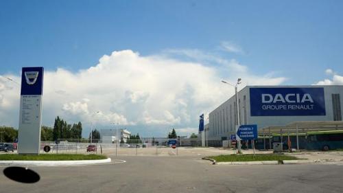 Probleme la Dacia. Peste o mie de angajaţi sunt trimişi din nou în şomaj tehnic