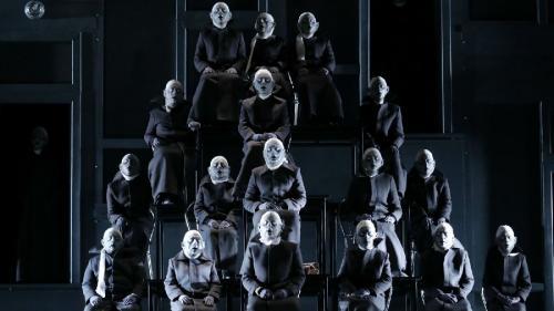Vacanţă între stagiuni la Teatrul Național din Timişoara
