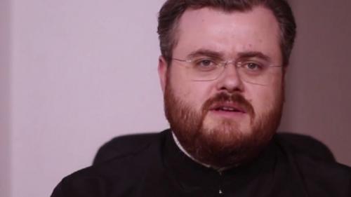 Un preot, propus de PMP să facă parte din CNCD