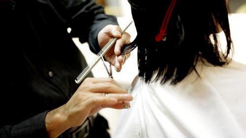România, la mijlocul clasamentului UE la numărul coafezelor și cosmeticienelor