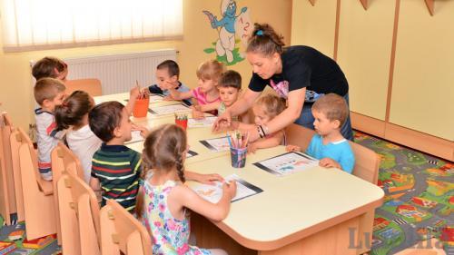 Avertisment de la medicii pediatri: Simptomele alergiilor la copii sunt asemănătoare cu cele ale COVID-19