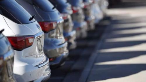 Câte mașini au cumpărat românii