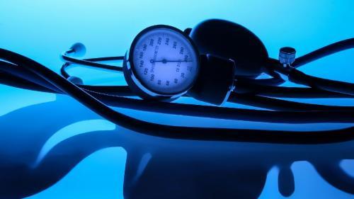 """Dieta CRONO sau Dieta """"după ceas"""": Cum să slăbeşti după principiile unei alimentaţii sănătoase şi echilibrate"""