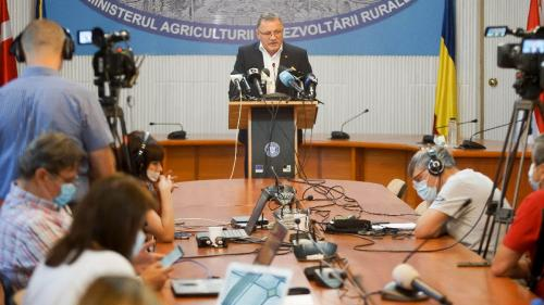 14.600 de bugetari conduc agricultura