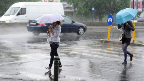 Alertă ANM: Cod galben de ploi torenţiale, vijelii şi grindină