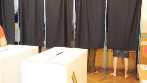 Autoritatea Electorală Permanentă: Peste 2.500 de români din diaspora s-au înregistrat pentru alegerile parlamentare din acest an