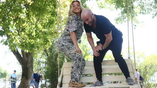 Delia și Mihai Bendeac încearcă să îl convingă pe Cheloo să își facă un cont pe Tik Tok