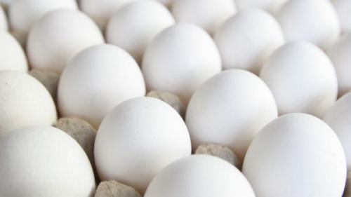 3 alimente care protejează împotriva grăsimii periculoase acumulate pe abdomen