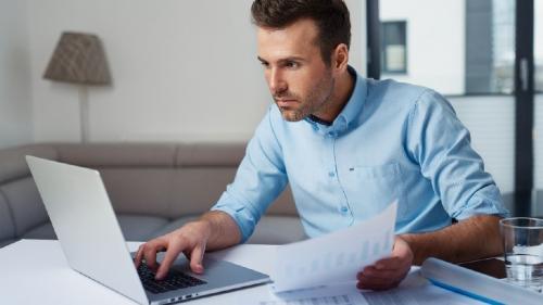 Să eviți sau nu să îți iei credite de nevoi personale?