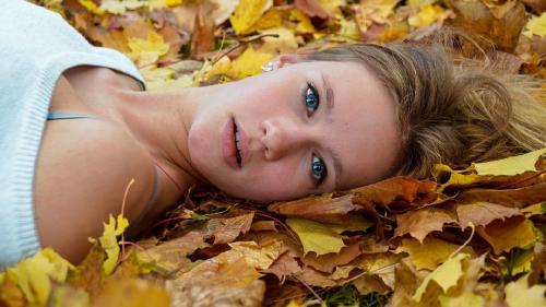 Horoscop de weekend, 12 - 13 septembrie. Berbecii reușesc să elimine stresul acumulat în ultima perioadă