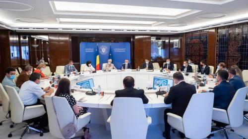 Raluca Turcan și Monica Anisie, întâlnire cu reprezentanții universităților și studenților din România