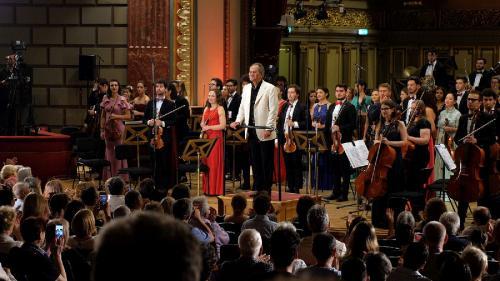 Filarmonica deschide Sala Thalia cu un CONCERT EXTRAORDINAR susținut de Orchestra Română de Tineret