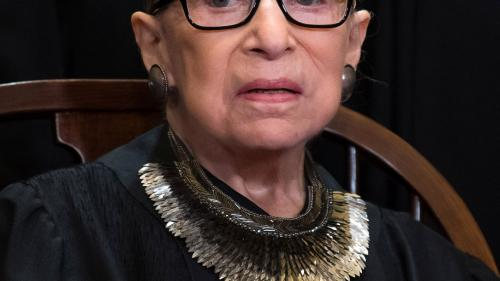 A murit judecătoarea Curţii Supreme a SUA, Ruth Bader Ginsburg, luptătoare pentru drepturile femeilor