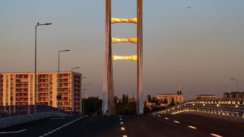 """Gabriela Firea: """"Începând din această dimineață, bucureștenii pot circula pe Podul Ciurel"""""""
