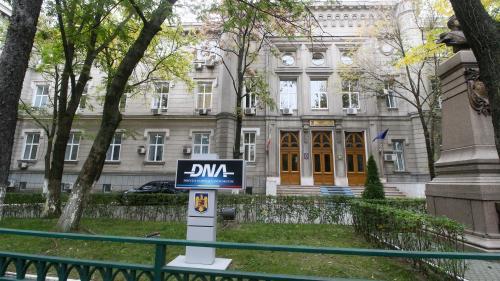 Directoarea unei școli celebre din Capitală a fost condamnată pentru corupție