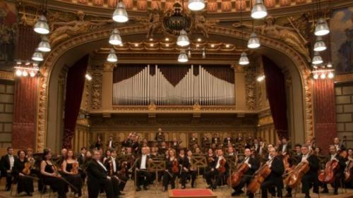 """Concertul de deschidere a stagiunii Filarmonicii """"George Enescu"""", transmis live, fără spectatori"""