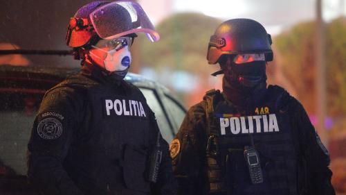 Inconștiență la Corabia. 170 de persoane, prinse în club, la o petrecere ilegală!