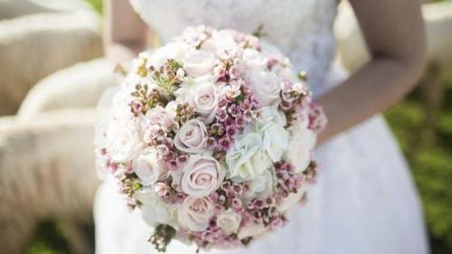La o nuntă din Bihor, mireasa a fost CONFIRMATĂ cu COVID-19. Cei peste 350 de invitați au intrat în carantină