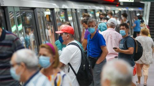 Accesul la metrou, restricționat de Poliție pentru evitarea supraaglomerării