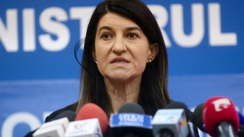 Grevă japoneză la Ministerul Muncii. Federația Sindicatelor din Minister acuză lipsa dialogului cu Violeta Alexandru