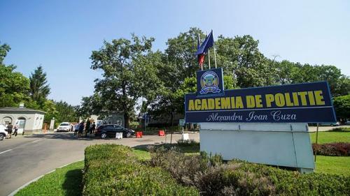 Decizie istorică: Academia de Poliție nu mai poate acorda titluri de doctor