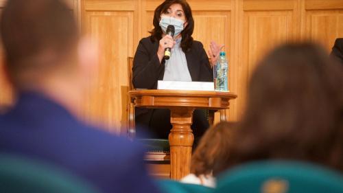 Evaluarea Națională 2021 susținută de elevii de clasa a VIII-a la Limba și literatura română va fi simplificată