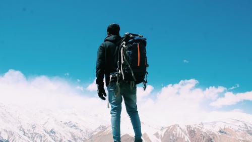 Ce să iei cu tine în bagaj pentru un weekend la munte