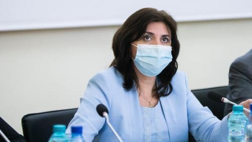 Monica Anisie a anunțat că de luni începe distribuția a peste 100.000 de tablete pentru elevi