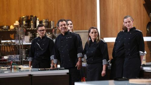 Echipa Tarom, juraţi în cea de-a patra confruntare Chefi la cuţite