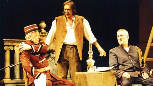 """Spectacolele Teatrului Odeon, """"O noapte furtunoasă"""" (1998) și """"Supeul"""" (1995), în cadrul FNT 30/FNT ALTFEL"""