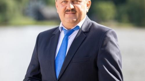 Primarul orașului Avrig, jud Sibiu, are COVID-19, localitatea intră în carantină de luni