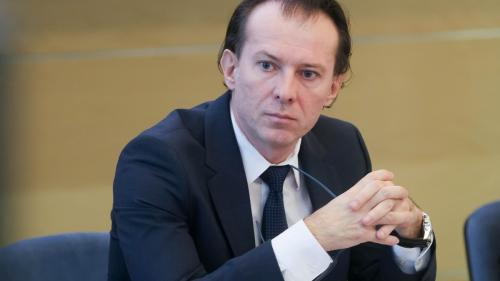 VIDEO. Florin Cîțu, la poarta sediului PSD: Am venit aici pentru a-i spune domnului Ciolacu să-și asume toți corupții din PSD