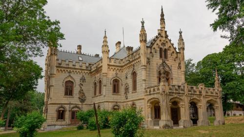 Povestea fascinantă a castelului de la Miclăușeni