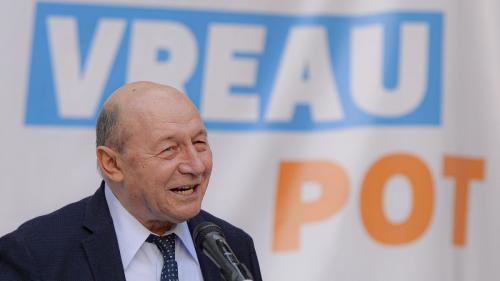 Băsescu s-a apărat în justiție, spunând că, în calitate de militar, era obligat să toarne la Securitate