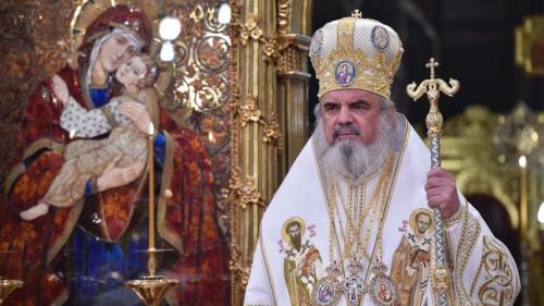 De Sf. Nicolae, Patriarhul Daniel oferă daruri pentru 100 de copii din Arhiepiscopia Bucureștilor