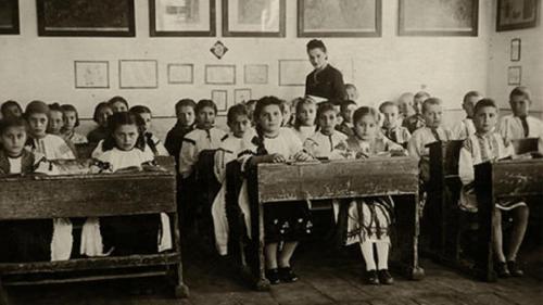 Sistemul finlandez de azi, în școlile românești de acum 100 de ani