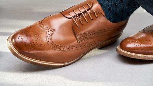 Pantofi oxford, brogue, derby sau suede? Care sunt piesele care te reprezintă?