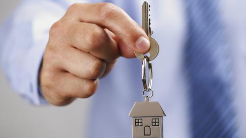 Lovitură pentru piața imobiliară. Nu se majorează pragul de aplicare a TVA de 5%