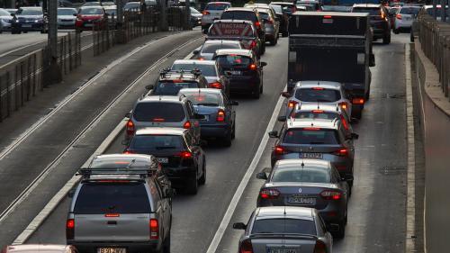 Piaţa auto a pierdut din viteză în 2020