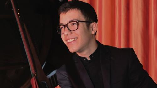 Recital de pian Ștefan Theodor Vârtejaru