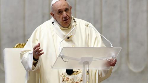 Papa Francisc s-a vaccinat împotriva infecției cu COVID-19