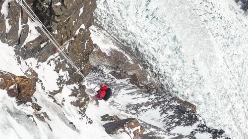 """Alex Găvan se întoarce de pe K2. """"Pentru moment, timpul meu aici s-a încheiat"""""""
