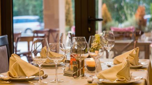Se redeschid restaurantele, barurilele și cafenelele, din Slobozia. Rata de incidență COVID-19 a scăzut sub 3 la mie