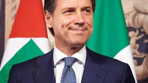 Italia rămâne fără premier. Giuseppe Conte a anunțat că își dă marți demisia