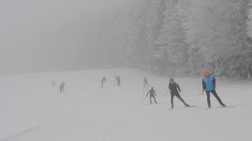 Anunțul autorităților franceze despre redeschiderea stațiunilor de schi
